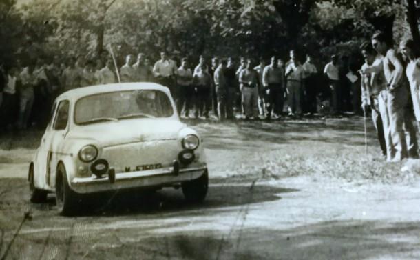 SEAT 600 Nardi 850. Subia a San Marcial 1968