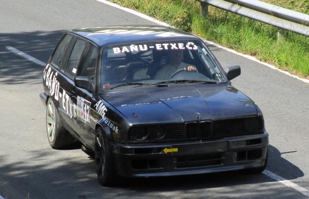 Mikel Otxoa. BMW E30 Touring.