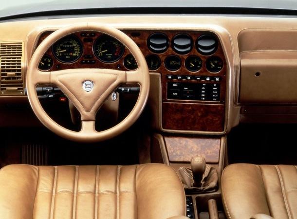 Interior Lancia Thema 8.32