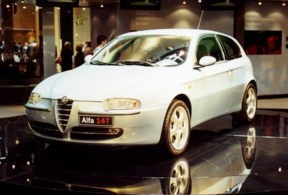 Alfa-Romeo 147. Vista frontal.