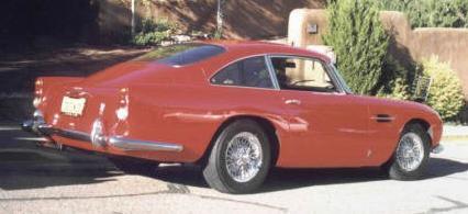 Aston Martin DB4. Vista trasera.