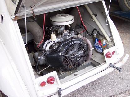 Citroen 2Cv Sahara. Motor Trasero.