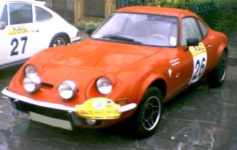 Opel GT. Vista Frontal.