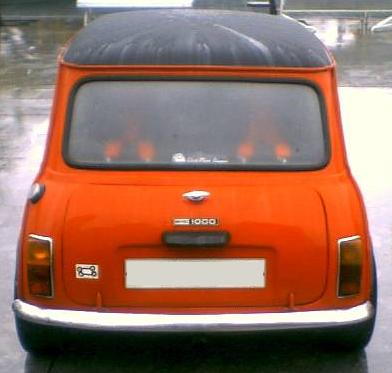 Authi Mini 1000. Vista trasera.