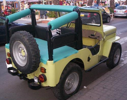 Jeep Willys CJ-3B. Vista trasera