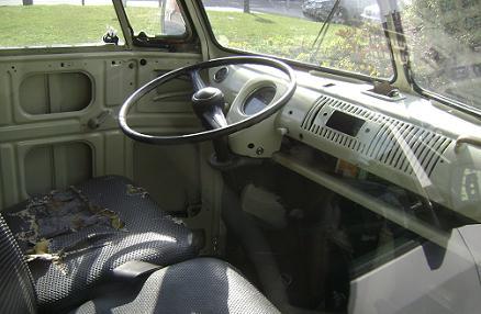 Volkswagen T1. Interior. Plazas delanteras