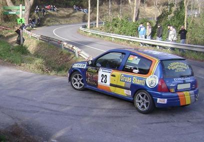 IV RallySprint de Hondarribia 2010. Joseba Mitxelena Renault Clio Sport.