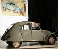 Citroën 2CV que conducen los gemelos Hernández y Fernández en El asunto Tornasol