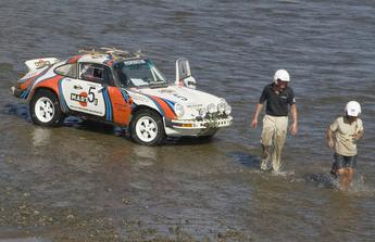 "Porsche 911 Safari del "" Dr. Brandenburg Racing"""