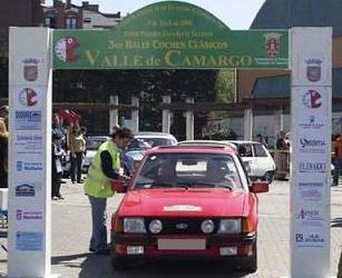 Germán González e Iban Beroiz (Ford Escort XR3i de 1.982), ganadores del tercer Rally de Camargo.