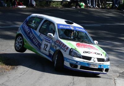 Mattin Villares y Juan Bidegain. Renault Clio Sport