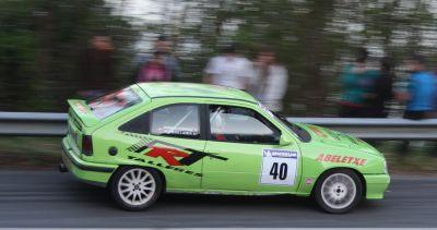 Markos Landa y Joseba Iturrioz. Opel Kadett GSI 16V